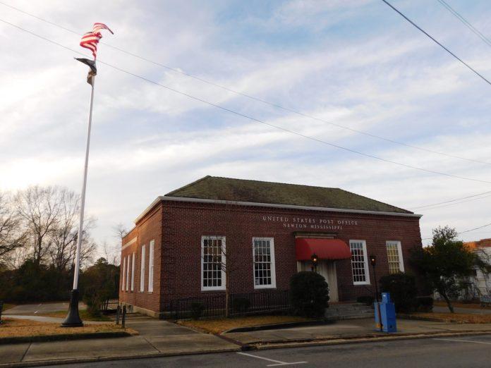 Newton Post Office